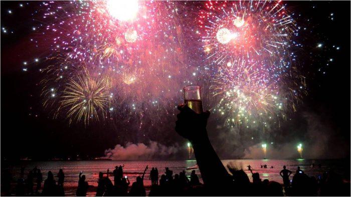 Feux d'artifice et vœux de nouvel an