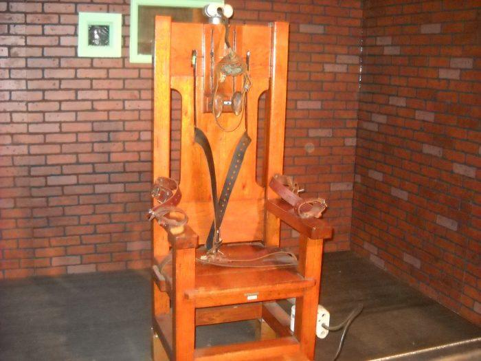 La chaise de la mort